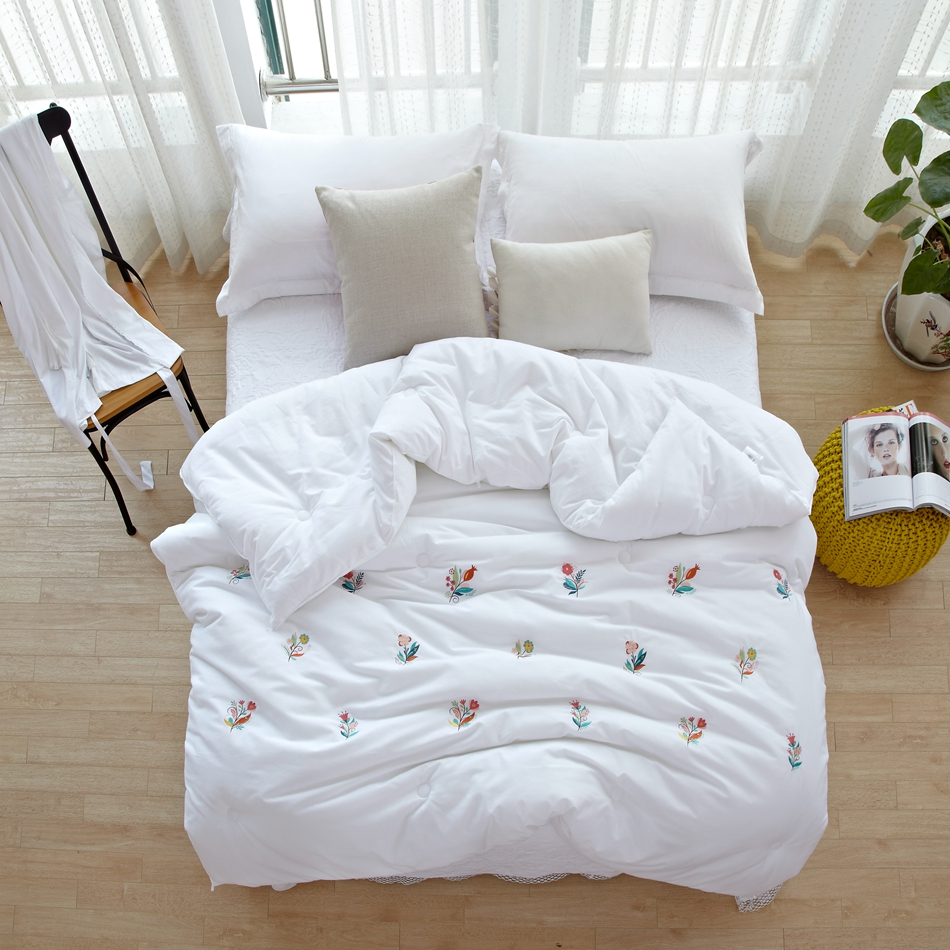 Brazilian embroidery bedspread designs - Summer Cotton Quilt Thick Comforter White Pure Quilted Comforter Bedding Embroidered Pattern Flowers Soft Brief