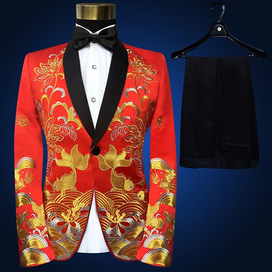 Dos homens de colarinho xale Vermelho Dois Peça de Ouro Bordado Ternos Calças Set Fino Fase Cantor Mostrar Trajes Jaqueta Preta (Jacket + Pants + tie)