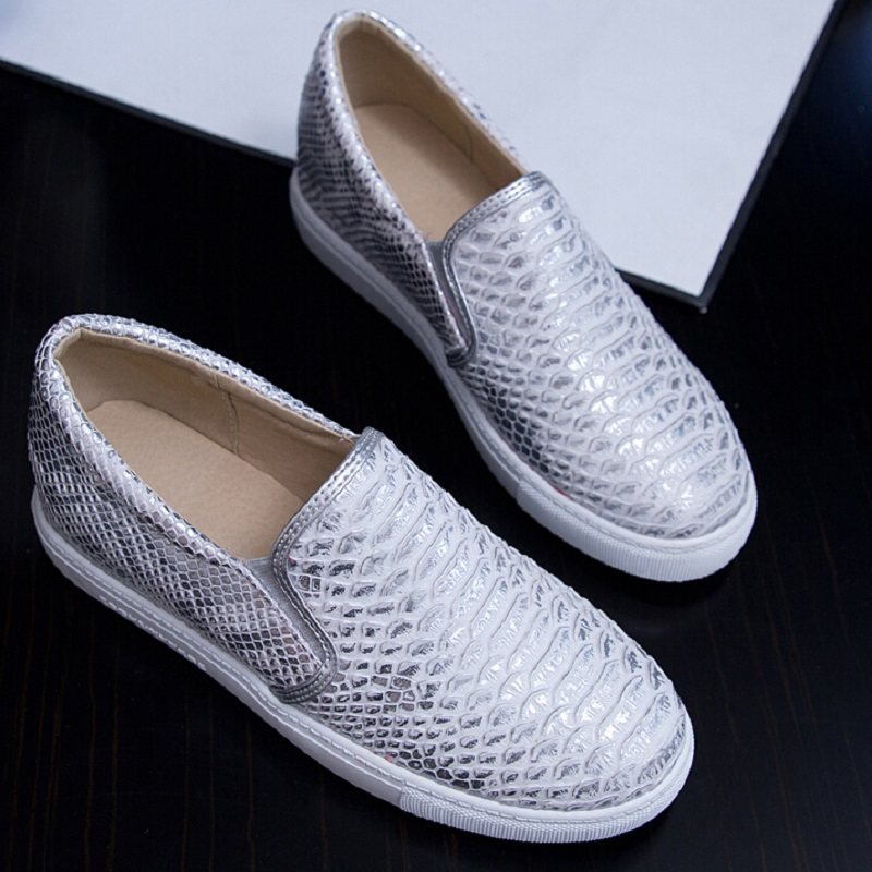 New 2017 latest Women Snakeskin Loafers Flats Shoes Woman Casual Slip on  Platform Shoes Ladies Creepers Size 34-43 2a3357883ab8