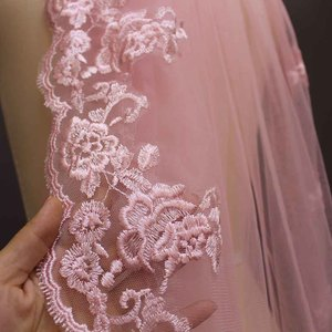 Image 5 - Real Photos One Layer Pink Lace Short Wedding Veil with Comb Beautiful 1 Meter Bridal Veil Voile De Mariee 100CM