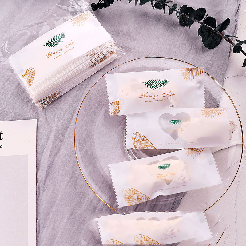 25Pcs Creative Fresh Sugar Bag Nougat Bag Machine Bag Nougat Packaging Candy Snack Cookies Food Snowflake Cake Baking Gift Bags