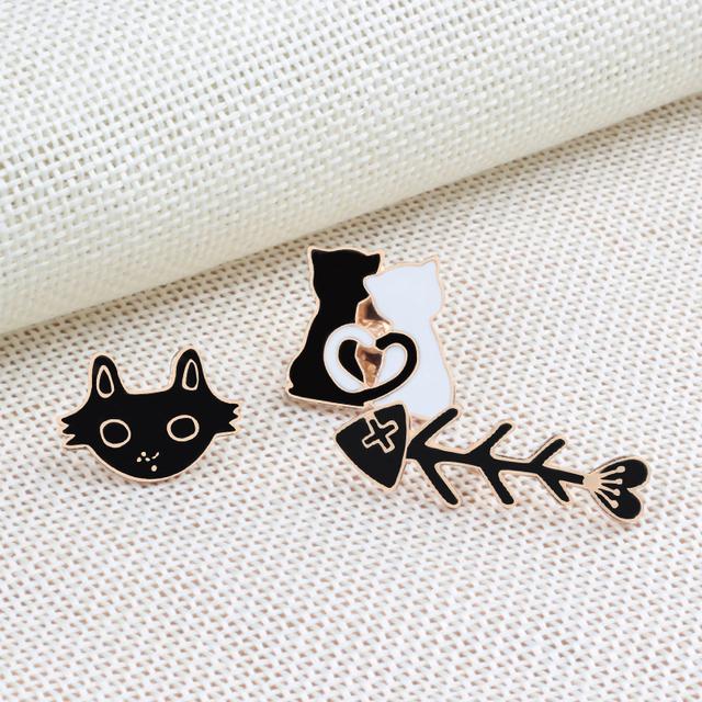 Fashion Animal brooch women Pins