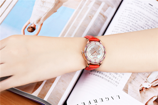Red Leather Flower Series Dandelion Women Watch Fashion Lady Diamond Mother of Pearl Dial Luxury Women Mechanical Watches Clock