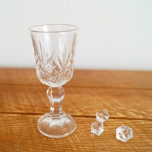 BJD DOLL Glass Goblet Wine Prop With Ice Cube For 1/3 24 Tall BJD doll  SD17 SD DK DZ AOD DD Doll Photograph free shipping [wamami] 701 3pc blue flower clothes dress suit 1 6 sd dz bjd dollfie