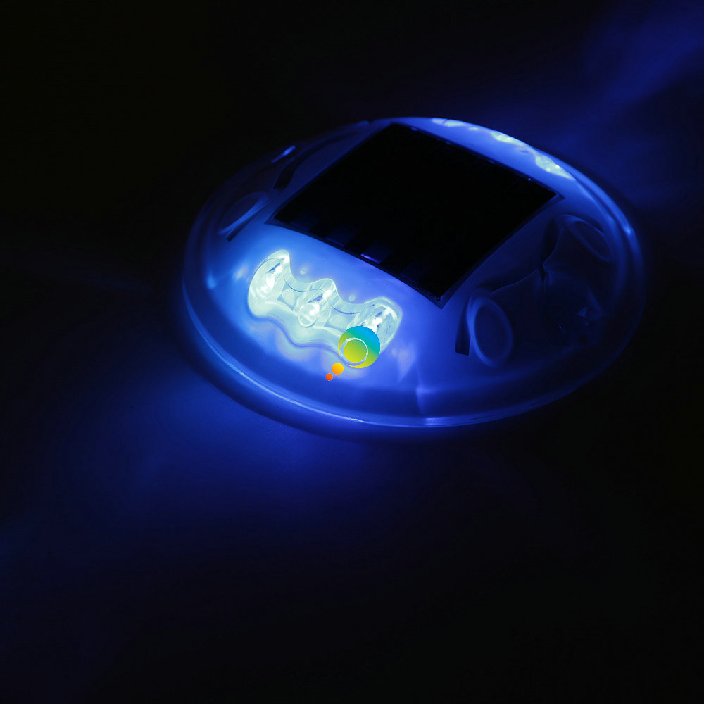 High Brightness Blue LED Flashing White Shell Solar Powered Plastic Road Stud