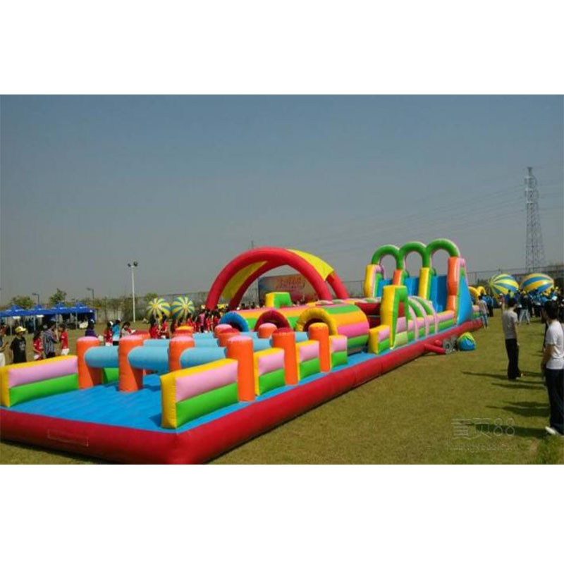 Jeux gonflables géants d'équipement de terrain de jeu d'intérieur d'enfant d'obstacle gonflable