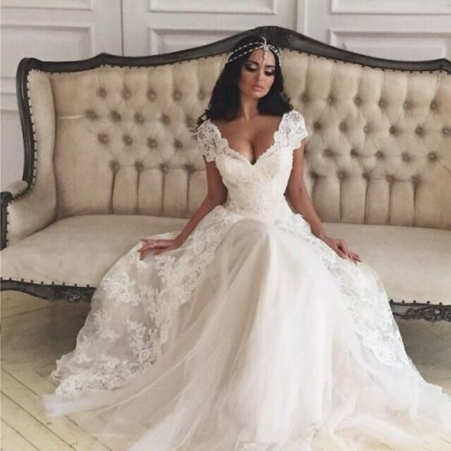 Saudi Arabia Fashion Wedding Dress With Short Cap Sleeve A Line Lace Liques Long Sheer