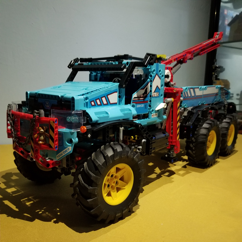 все цены на New Technician Technic Radio Remote Control 6x6 All Terrain Tow Truck Pickup Lepins Building Block Model Brick Rc Toy Collection онлайн