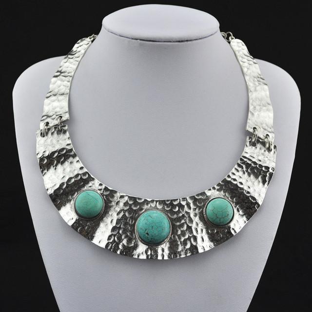 R197h Natural Torques redondas turquesa collar colgante Jewlery mujeres, Vintage look, plata antigua, Tibet aleación, mayorista