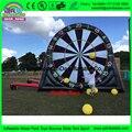 Venta Directa de fábrica Gigante 7 m altura Inflable Popular de Fútbol Juego de Dardos, Tablero de Dardos de pie Para El Alquiler