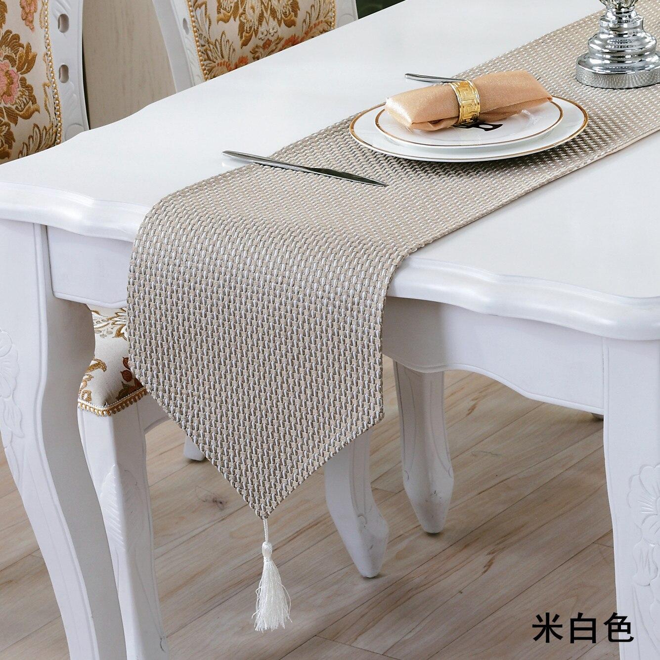 Nouveau Simple Moderne De Luxe De Mode Chemin De Table Carreaux En