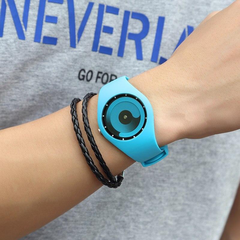 CRRJU Fashion Relogio Men Watch Sport Student Watch Neutral Silicone Watches Wristwatch New Waterproof Relogio Masculino