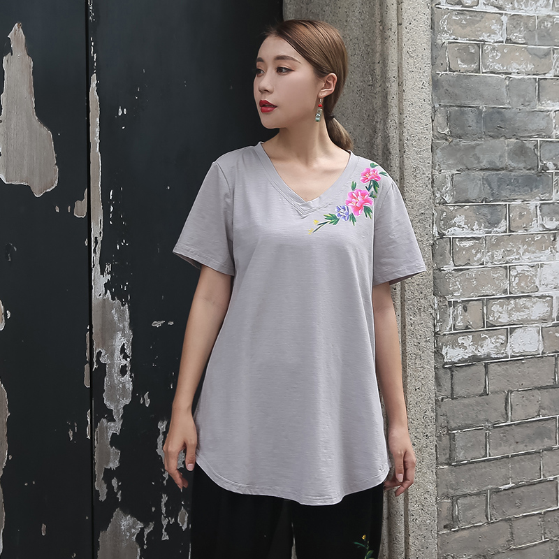 2f20563caf8 New 2018 Women Summer Cotton t shirt Plus Size loose fit Chinese style Hand  Painted V Neck tees 3 colors big size tops XL XXXXXL-in T-Shirts from  Women s ...