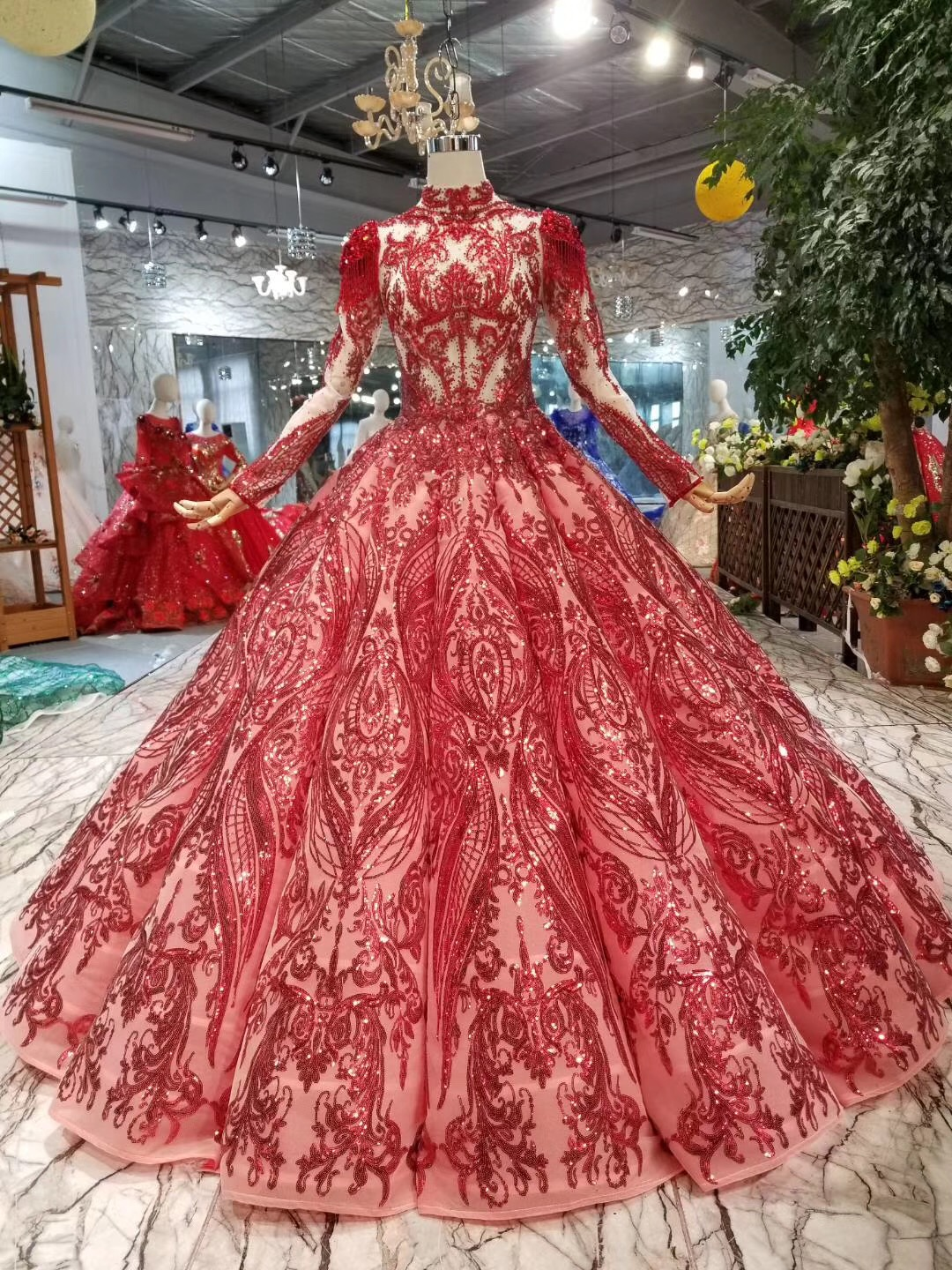 Real Photo Red Ball Gown Prom Dresses Long Lace Beadings Appliques Long Sleeve Evening Dress Arabic Special Occasion Dresses