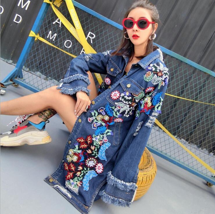 Mode de rue femmes automne hiver longue veste en Denim femmes coton à manches longues broderie femme lâche trou Jeans manteau vêtements