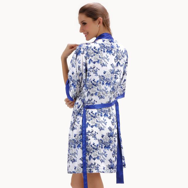 2016 nueva porcelana toga de satén y camisón conjunto ropa de dormir de mujer albornoz y antideslizante para mujeres Cardigans verano / otoño / primavera