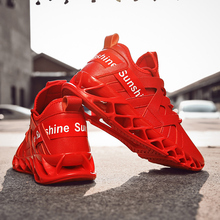 3d091a091 2019 New summer loafers blade shoes men fashion sneakers Men s high quality  sports shoes yeezys air
