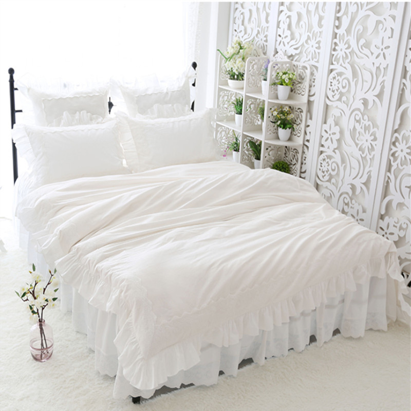 New big lace princess bedding set queen size elegant Embroidery ruffle duvet cover 100% cotton bed set home romantic bed sheetNew big lace princess bedding set queen size elegant Embroidery ruffle duvet cover 100% cotton bed set home romantic bed sheet