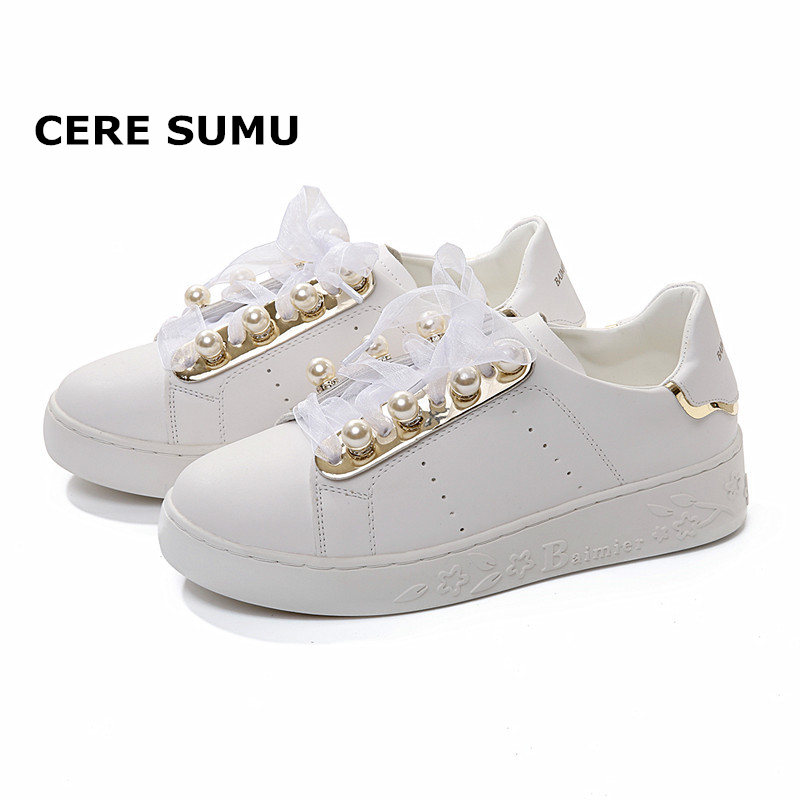 Leather Women Sneakers Fashion Pearl Shoes for Women Lace Up White Shoes Creepers Female Ladies Casual Footwear Platform Shoes