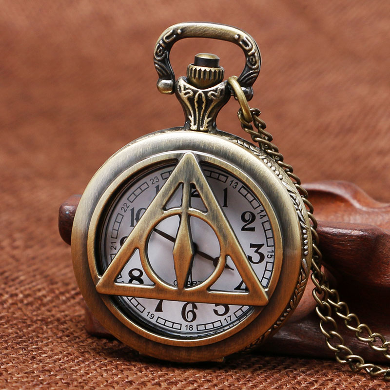Hollow RriangleDesign Quartz Fob Pocket Watch With Necklace Chain Best Gift to Children trendy cool style captain america shield case fob quartz pocket watch black dia with steel chain necklace christmas gift