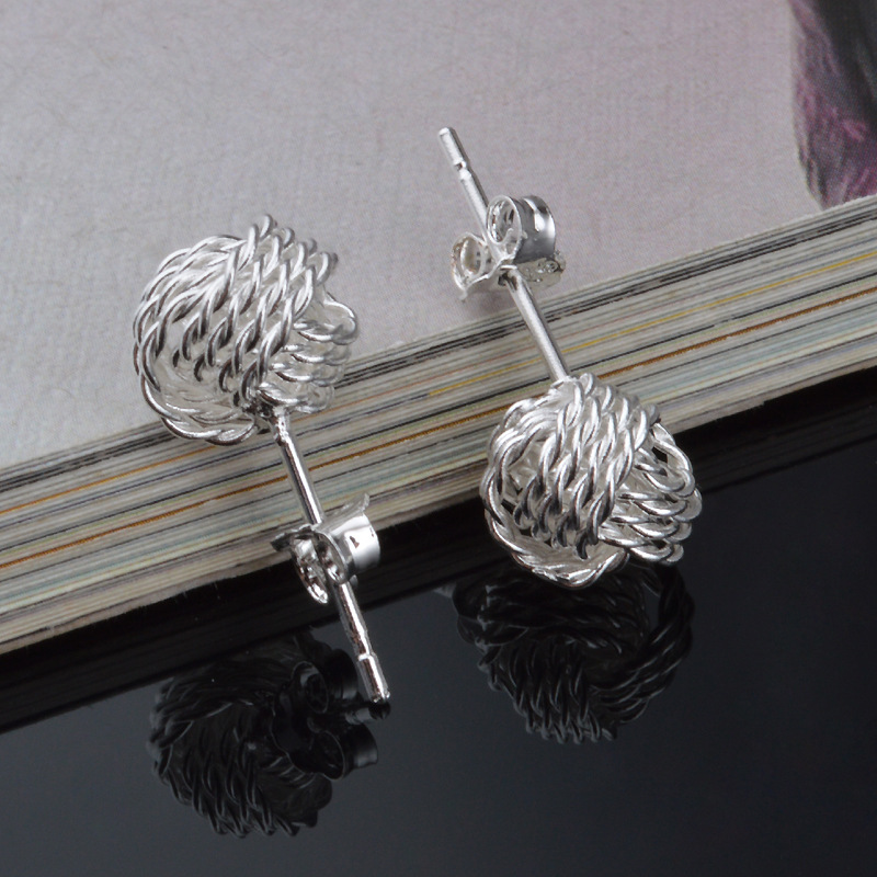 Korean Version Of Good Quality Hollow Twisted Wire Ball Pierced Earrings For Female Earrings New Product Launch Distribution