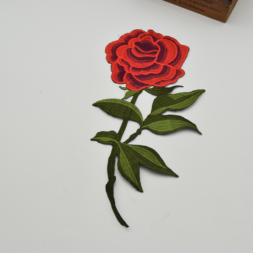 10 piezas moda bordado flor roja parche hierro en apliques coser - Artes, artesanía y costura - foto 1