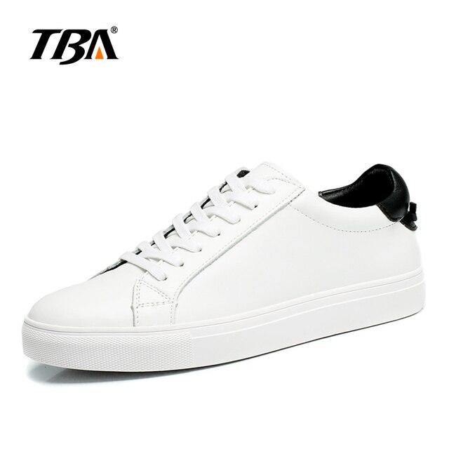 0a789a9d386b8 Blanco skate zapatos deportivos hombres zapatillas planas zapatillas de  skate de calidad superior para hombre balanceds