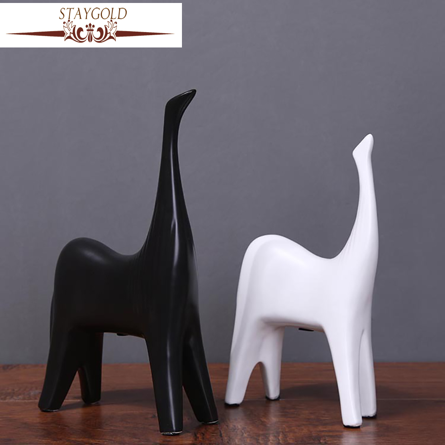 STAYGOLD Wedding Decoration Ceramics Crafts Horse Miniature Ornaments Home Decoration Accessories Esculturas Decorativas