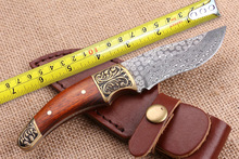 High Quality Damascus Small Hunting Knives Copper+Wood Handle Camping Fixed Blade Knife Outdoor Straight Knife Tactical Tools