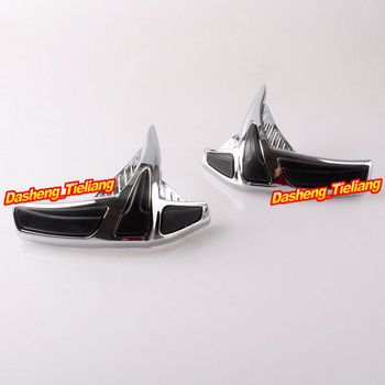 Motorcycle Fairing Front Scuff Protectors Decoration Trim For Honda Goldwing GL1800 GL 1800 2001 2002 2003 2004 2005-2011 Chrome