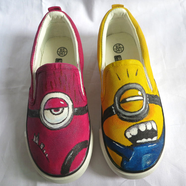 2b39c9d1f62d Breathable Cartoon Minion Series Low Slip-on Style Canvas Shoes Children s  Hand Painted Minions Sneakers for Kids Students