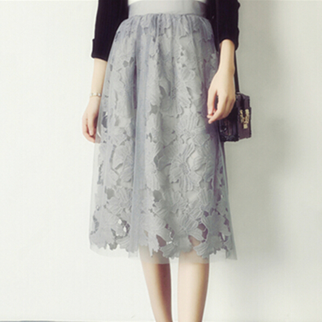 One Size Elastic Waist Lace Flower Midi Skrit