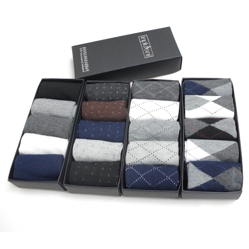 Inplusni man   socks   fashion top quality   socks   four seasons tube   socks   deodorant casual and business box cotton   socks  (5pair/lot)