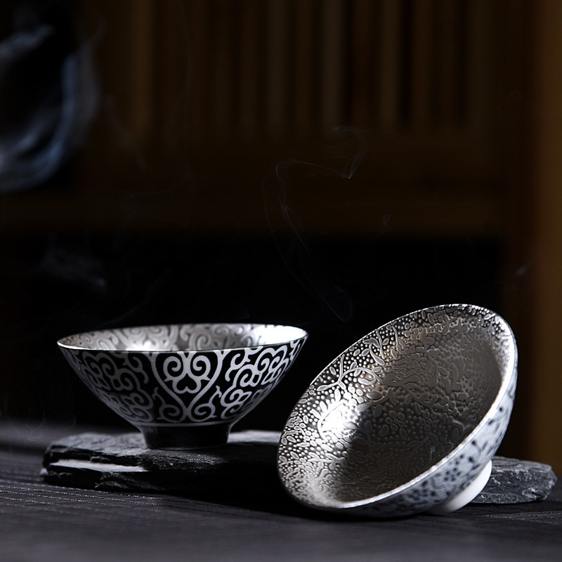 Silver cup 999 pure silver cup handmade kung fu tea set ceramic inlaid silver gilt teamaster cup singleSilver cup 999 pure silver cup handmade kung fu tea set ceramic inlaid silver gilt teamaster cup single