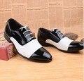 2017 Del Otoño Del Resorte Hombres de La Moda de Charol Zapatos de Vestido de Los Hombres Zapatos Oxford Zapatos de Boda Blanco Negro Masculino de Cuero Suave BJ3073