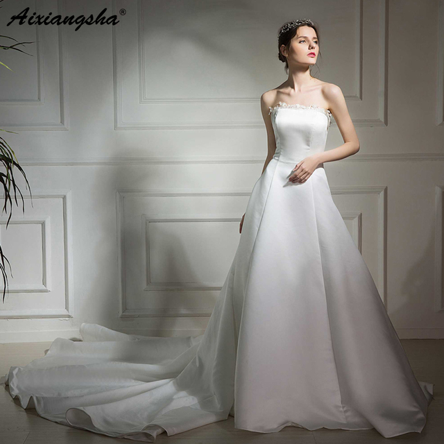 b7638429d877 100% Real Photo 2019 New Collection robe de mariee Strapless A-Line Simple  Wedding Bridal Gown Vintage Satin Wedding Dress 2019