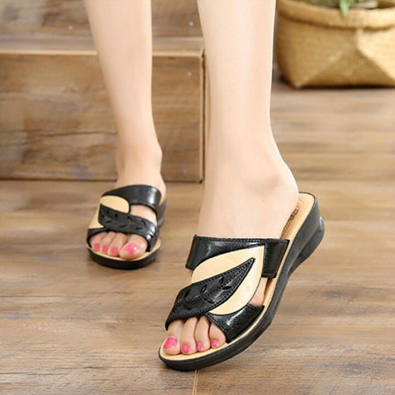 2020 Summer women flat sandals Shoes woman black white beach slippers round toe comfortable sandals flip flops female shoes W01 2