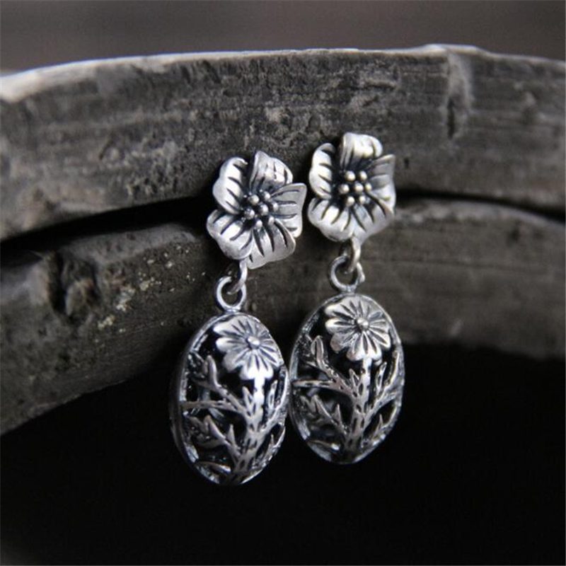Simple Fashion Style Antique 925 Sterling Silver Hollow Carved Flower Earrings Jewellery Womens 2018 Wholesale Free Shipping in Earrings from Jewelry Accessories