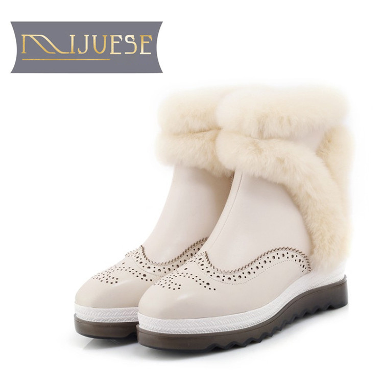 цена на MLJUESE 2019 women Mid-calf boots cow leather cutouts brogue style winter warm short plush fur female boots snow boots