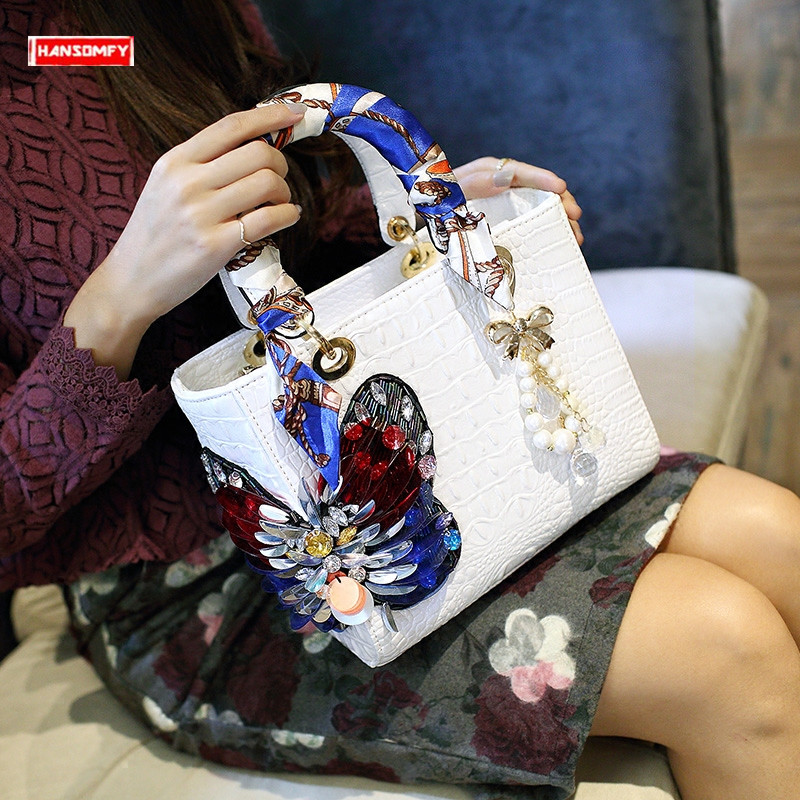 2019 Luxury fashion diamonds Women s handbags butterfly drill rhinestone shoulder messenger bag Crocodile pattern crossbody