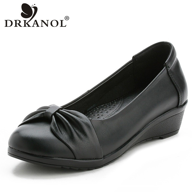DRKANOL 2018 Genuine Leather Slip On Casual Shoes Women Pumps Concise Black Bowknot Low Heels Wedge Shoes Round Toe Mother Shoes nayiduyun women casual shoes low top platform wedge high heels boots round toe slip on pumps punk chic shoes black white sneaker