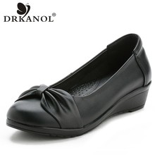 DRKANOL 2019 Genuine Leather Slip On Casual Shoes Women Pumps Concise Black Bowknot Low Heels Wedge Shoes Round Toe Mother Shoes krazing pot 2018 genuine leather spring women pumps solid round toe slip on low heel concise style office lady work shoes l25