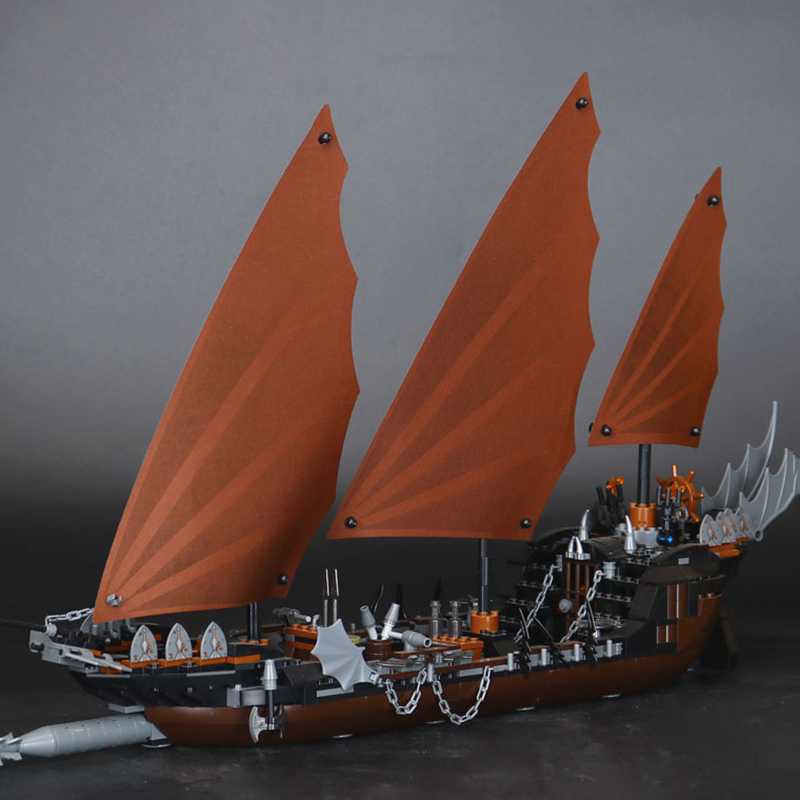 Lepin 16018 New The lord of rings Series The Ghost Pirate Ship Set LegoINGys 79008 Educational Building Block Brick Toys Gifts lepin building blocks genuine the lord of rings series the ghost pirate ship set bricks toys 79008 boat model kids gifts 16018