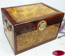 [Government] gold camphor Wooden jewelry box mahogany jewelry box wood crafts business gifts ornaments