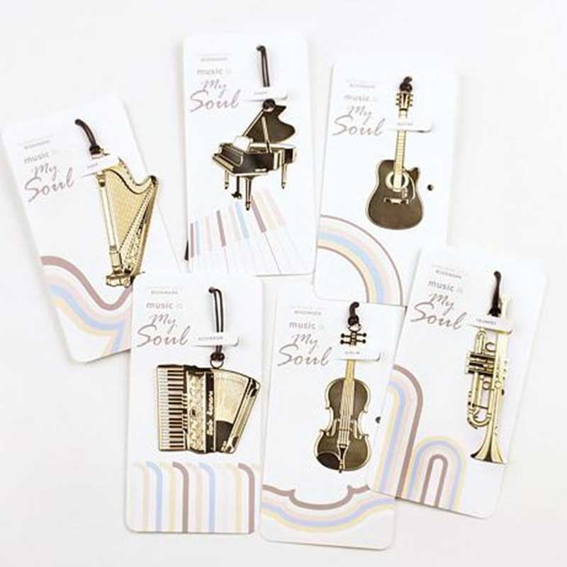1pcs/lot Vintage Golden Music Bookmarks , Piano / Guitar / Trumpet Design Metal Book Page Marker