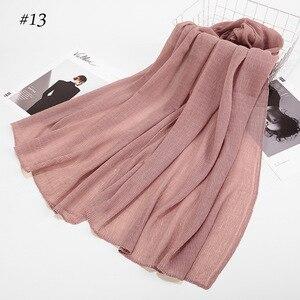 Image 1 - Inverno Delle Donne Piega Nube di Cotone Hijab Viscosa Hijab Scialle Musulmano Foulard Turbante Arabo Hui di Colore Solido Sgualcito Sciarpa Dellinvolucro