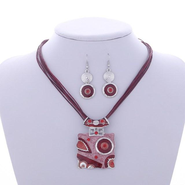 Trendy Geometric Enamel Jewelry Sets Women Circle Crystal Pendant Necklace Drop Earrings Set Layers Wax Rope Chain Jewelry Sets