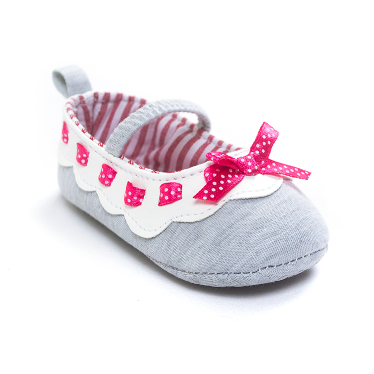 2017 Brand cotton fabric Shoes Indoor Baby Shoes Boys Girls Soft Anti skid Toddler Shoes Fashion