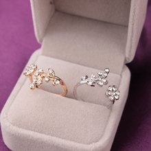 Temperament Twisted Flower Alloy Rings for Women Silver Trend Rhinestone Adjustable Finger Rings Jewelry Anillos Mujer Bague rhinestone alloy triangle jewelry set rings