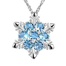 Fashion Zircon Snowflake Pendant Necklace Jewelry Christmas New Year Gifts For Women Girls M8694